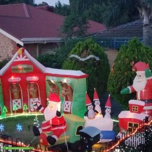 Christmas Light display at 15 Hay Street, Salisbury