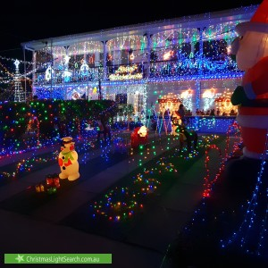 Christmas Light display at 20 Curragundi Road, Jindalee