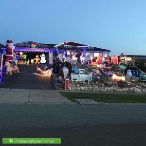 Christmas Light display at 7 Kensington Square, Drouin