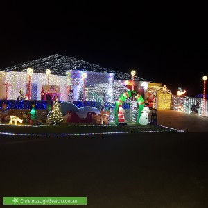 Christmas Light display at 27 Baumea Turn, Hammond Park