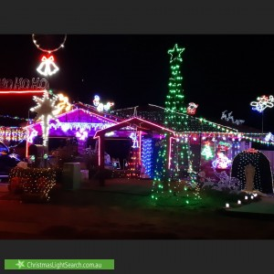 Christmas Light display at 1 Hobday Place, Dunlop