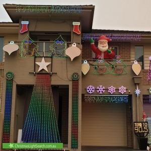Christmas Light display at 9 Parkwood Close, Tingira Heights