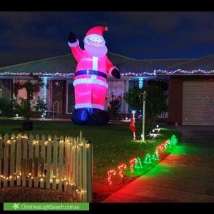 Christmas Light display at 9 Benari Court, Grovedale