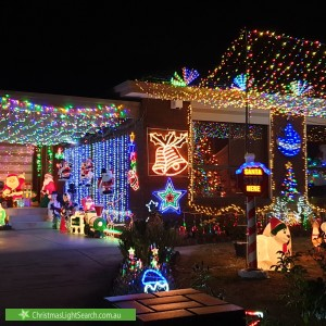 Christmas Light display at 3 Dowling Road, Oakleigh South
