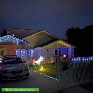 Christmas Light display at 26 Taylor Street, Brighton East