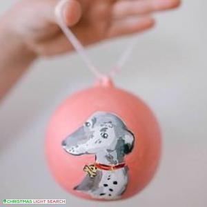 Paint Your Pet Christmas Baubles!