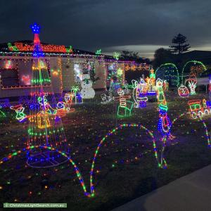 Christmas Light display at 50 Tiparra Avenue, Park Holme