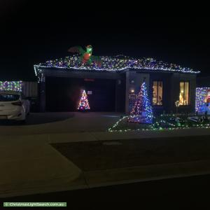 Christmas Light display at 33 Long Forest Avenue, Melton West