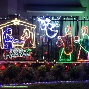 Christmas Light display at 5 Bill Leng Street, Coombs