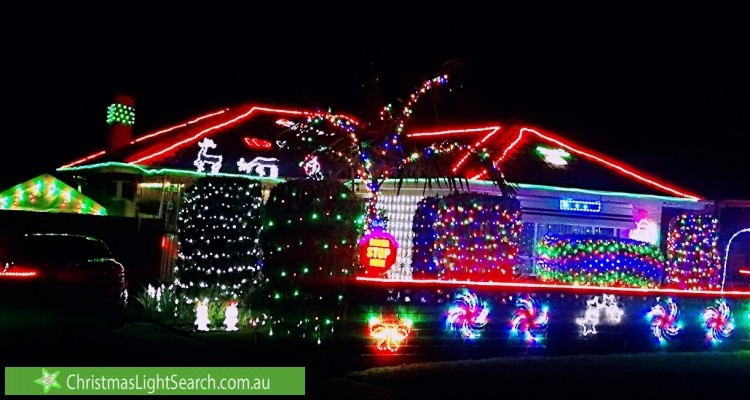 Christmas Light display at 5 Hampshire Crescent, Valley View