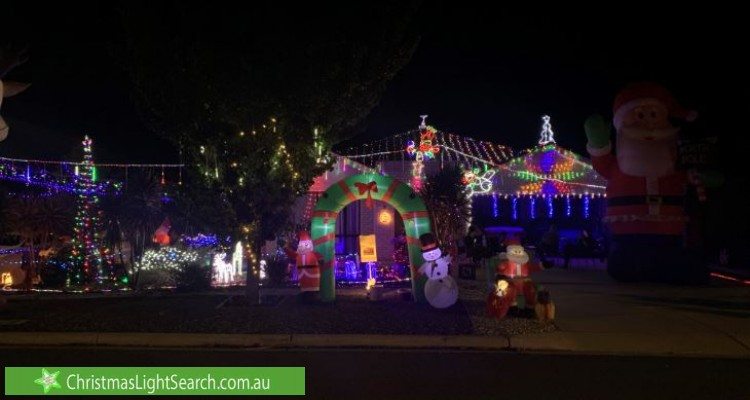 Christmas Light display at 8 Scurry Street, Dunlop
