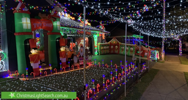 Christmas Light display at 248 South Circuit, Oran Park