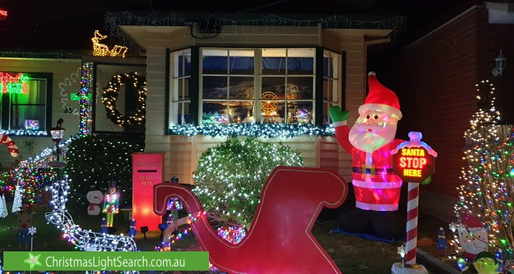 Christmas Light display at 35 Fellows Street, Mitcham