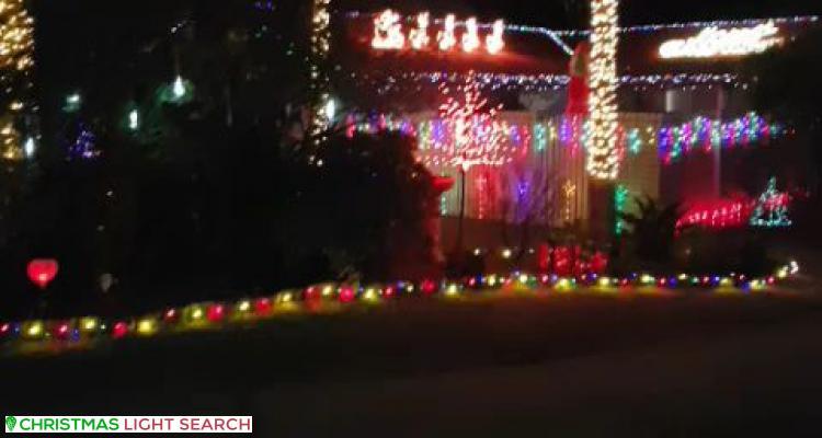 Christmas Light display at 69 Rholanda Crescent, Springwood