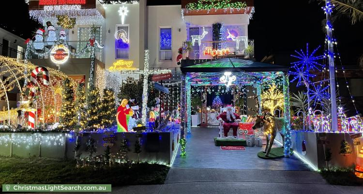 Christmas Light display at 162 Holt Road, Taren Point