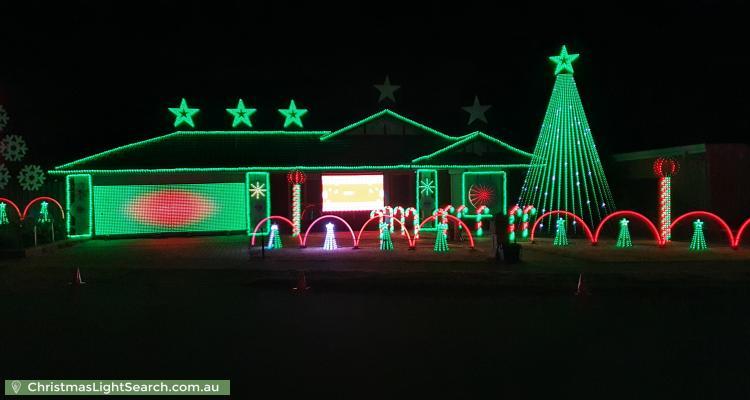 Christmas Light display at Baroda Avenue, Netley
