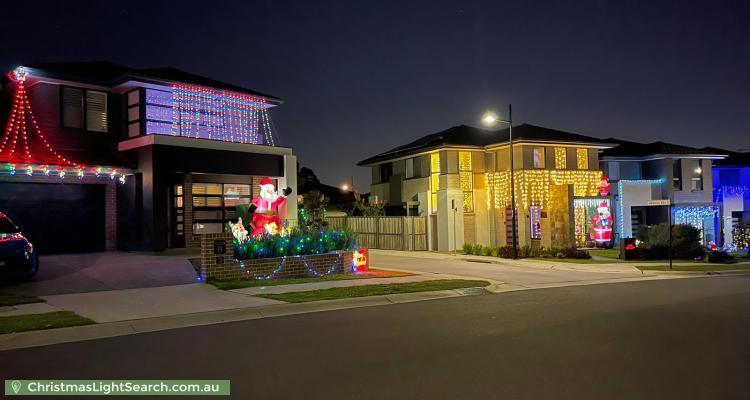 Christmas Light display at 6A Berambing Street, The Ponds